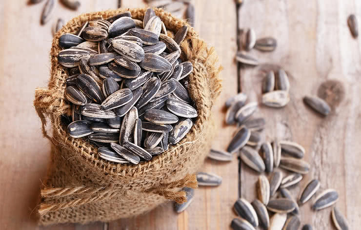 Sunflower_Seeds_Promotes_heart_health_by_reducing_the_bad_cholesterol_level_that_can_clog_the_arteries_leading_to_heart_attacks_and_strokes